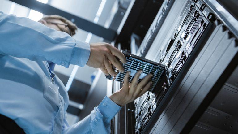 server maintenance dedicated VM
